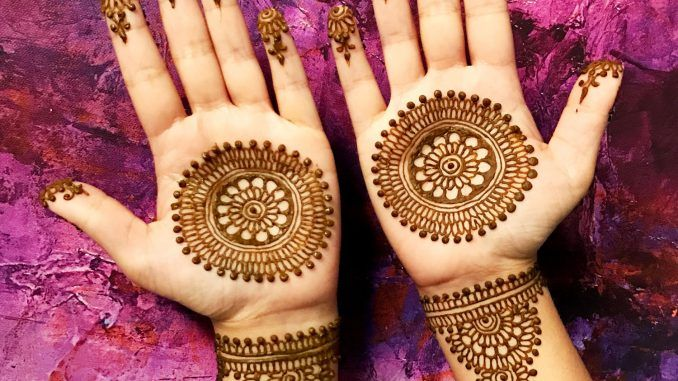 Professional henna services in Bisbee to achieve a desi look