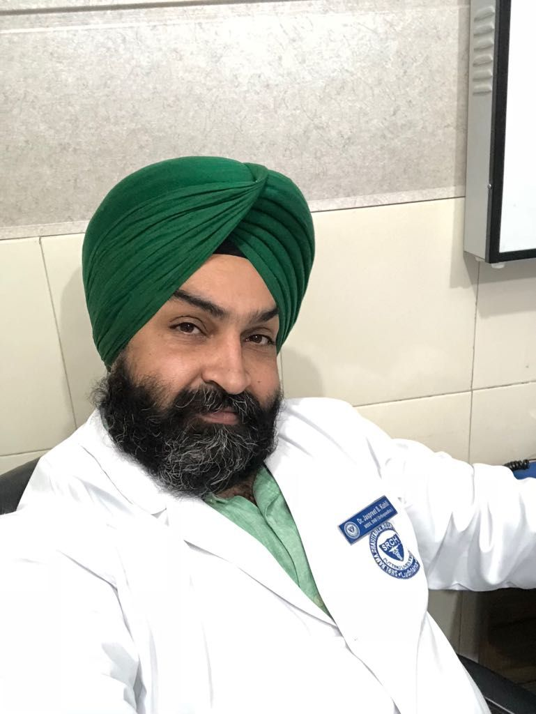 best hip joint replacement surgeon in punjab