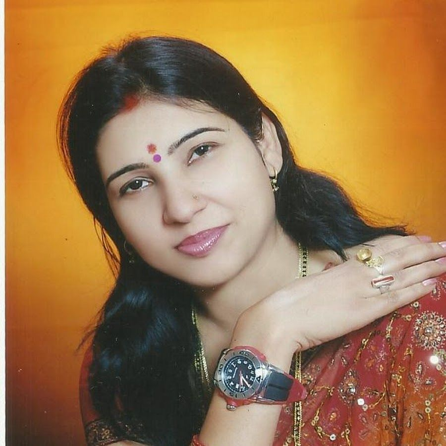 Famous Folk singer of Bihar in India - Dr. Nitu Kumari Nootan