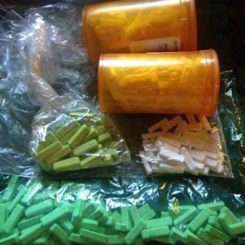 BUY XANAX 2MG YELLOW,GREEN AND WHITE BARS PAIN KILLER INFO AT +1(720)663-0187