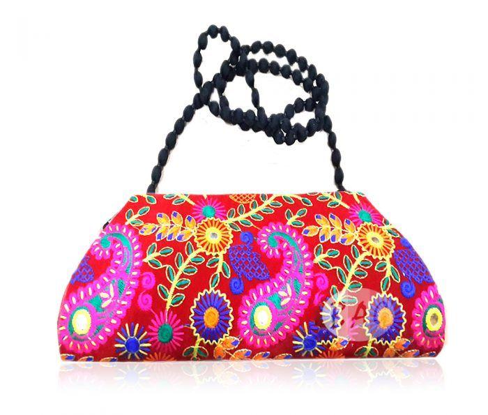 Clutch Bags in Delhi