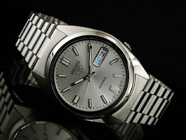 Seiko Men's 5 Automatic Watch SNXS73