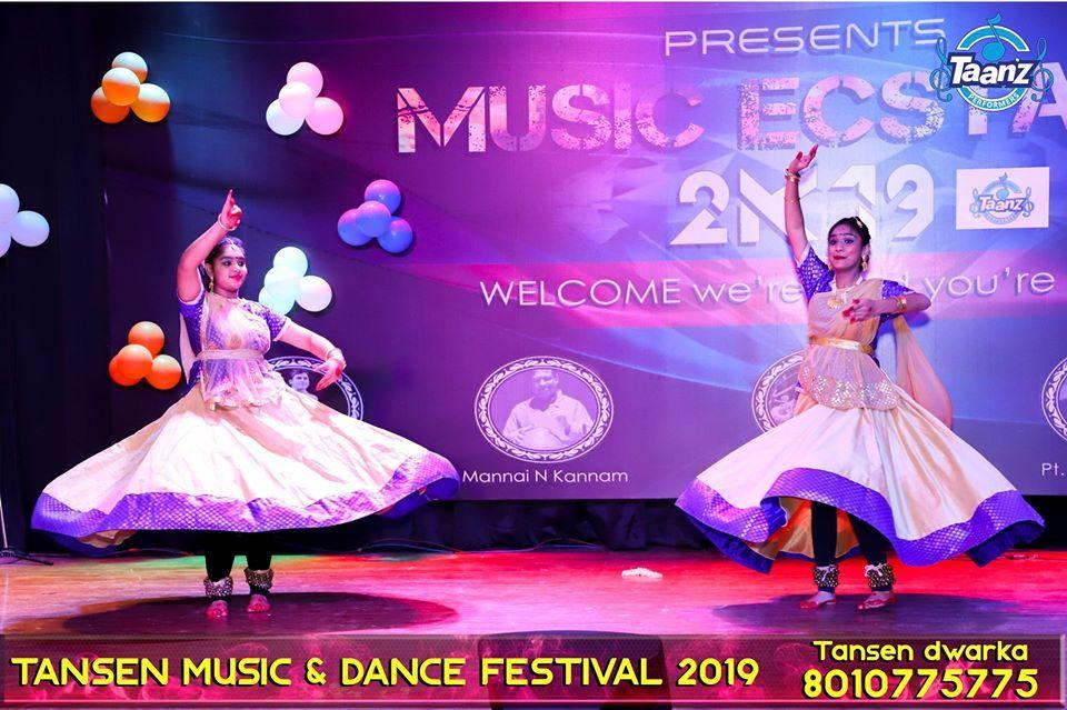 Dance school in Dwarka Call 8010775775