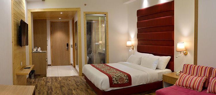 Best resort in Manali for honeymoon